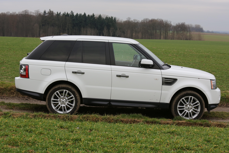 Avant de mettre à jour les essuie-glaces Range Rover Sport 2005 à 2013 TDV6 TDV8